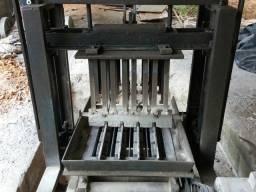 Máquinario de fazer blocos