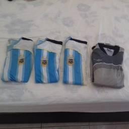 Lote de camisas da Argentina