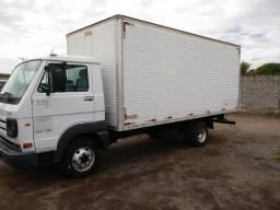Caminhão vm - 2010