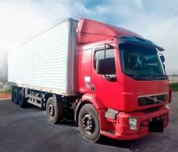 Caminhão Volvo Bitruck VM-330 8X2 Ano 2013