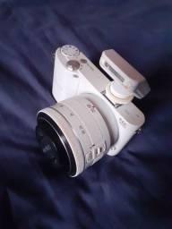 Câmera Digital Samsung NX1000 20.3MP