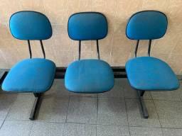 Mesinhas + cadeiras tudo por $200,00
