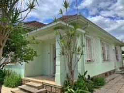 Ótima casa para uso comercial e residencial -Excelente localização