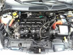 New Fiesta Hatch SE 12/12 Muito  Novo
