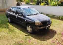 Renault Clio Sedan Privilegie 1.6