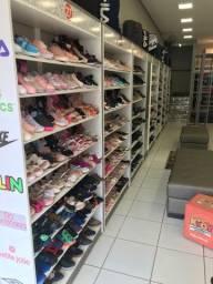 Móveis para loja ( divido no cartão )
