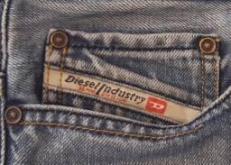 Calça Jeans Diesel - Masculino n. 38 - Regular Slim Straight