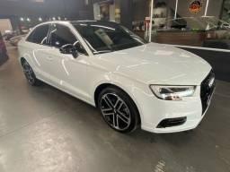 Audi A3 Sedan Performance Black 2.0 / 220cv