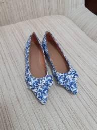 Sapatilha bico fino - azul florido