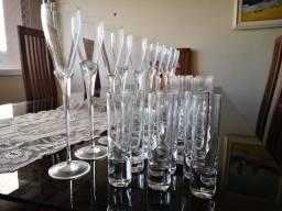 Título do anúncio: Conjunto copos de cristal 31 peças