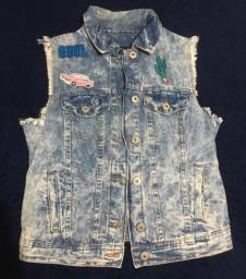 Colete jeans com patches