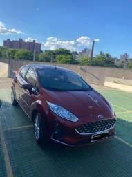New Fiesta Titanium Hatch 2018 em perfeito estado, na garantia!