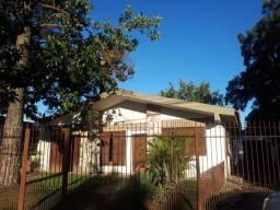 Casa na Av. Fernando Osório 15X100