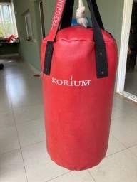 Saco de Pancada Korium Profissional + Bandagem
