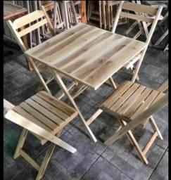 Mesa e cadeira rústica dobrável