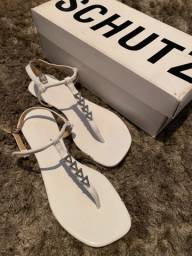 Rasteira Schutz Branca Couro c/ detalhe prata