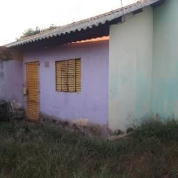 Casa pequena no B.Ulisses, Desocupada.