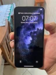 Vendo iPhone 11 Pro max Branco