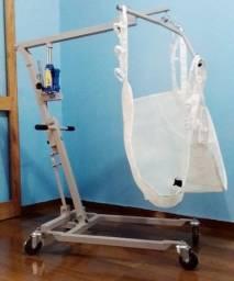 Guincho Hidráulico Dobrável  para transferir pacientes acamados em automóveis