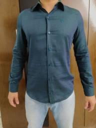 Camisa social verde escuro slim - Tamanho 2