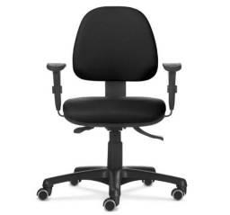 Cadeira Plus com Base Giratória - Espaldar Médio - Flexform (Usada) - Cor: Preto