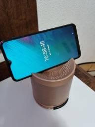 Caixinha de som Bluetooth que acopla celular