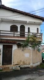 Título do anúncio: Casa em Itapuã  3/4 excelente