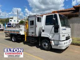Caminhão Munck casinha Ford 815 ano 2012 a toda prova