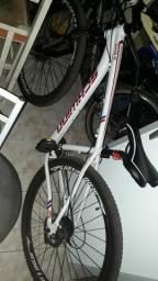 Bicicleta schwinn Eagle aro 29