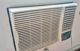 Ar condicionado Springer Silentia 19000 BTU - 220V (c/ controle remoto)