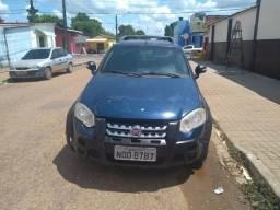 Vende-se pick-up Strada - 2009