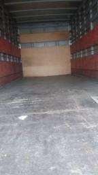 Caminhão Ford cargo 815E - 2007