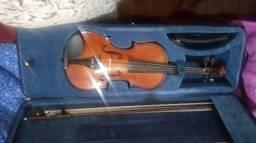 Violino novo pouco dias d uso