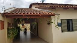 Linda casa 3 quartos em Aparecida de Goiânia, Jardim Ipiranga