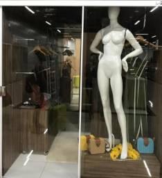 Alugo loja no Shopping Paraíso Mega Center em Valparaíso