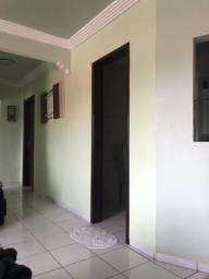 Vendo apartamento bem localizado