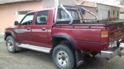 Toyota Hilux - 2000