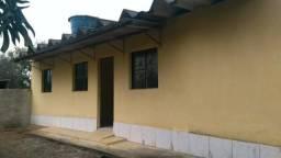 Vende-se casa de 1 quarto independente financiada pela Caixa Econômica