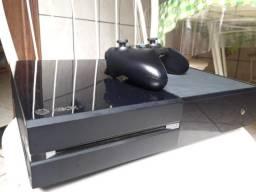 XboxOne 500GB, 1 controle original, fonte original 2 Jogos (Minecraft e Rainbow Six)
