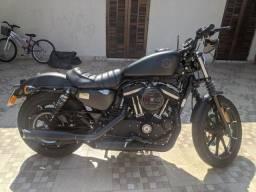 Harley 883 iron 2020