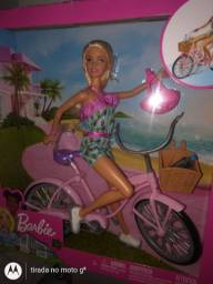 Barbie bicicleta NOVA LACRADA