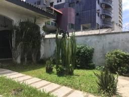 Vendo Casa para Fins Comerciais e/ou Residenciais na Tv. Curuzu