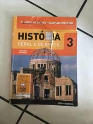 Doação Livro de história editora scipione