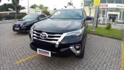 Toyota SW4 SRX 2.8 Aut Diesel 7 lugares 2019 Preto