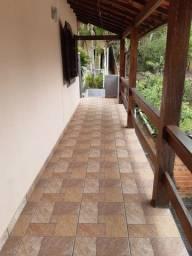 Aluga-se casa na Estrada das Arcas, Itaipava