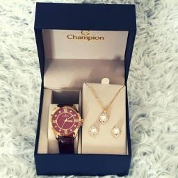 Relógio Champion Feminino Dourado CN28268I