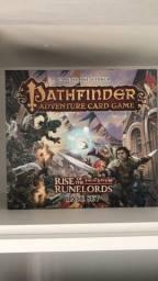Jogo de tabuleiro pathfinder adventure card game em inglês com 2 expansões!
