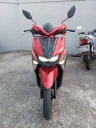 Linda moto escuter 2019