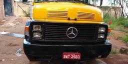 Caminhão Baú truck 1513 aceito troca dou preferência por caminhão toco baú até 7metros