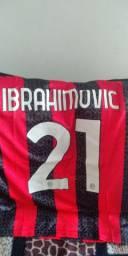 Camisa do Milan 2020/21 - Nunca foi usada, zerada
